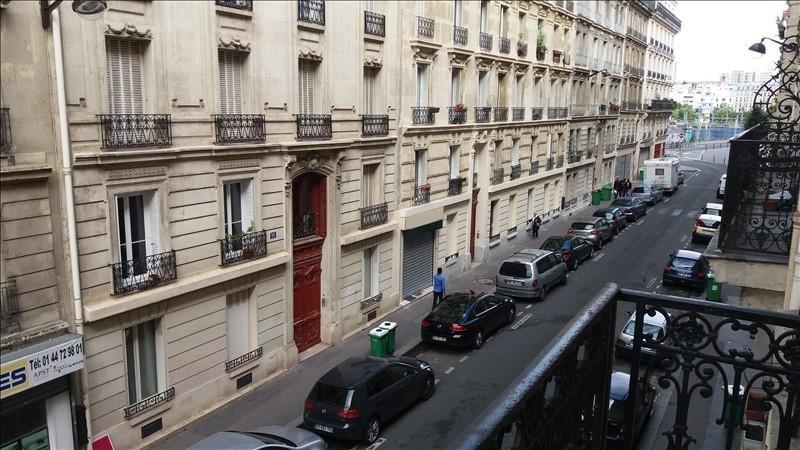 Verhuren  appartement Paris 18ème 975€ CC - Foto 1