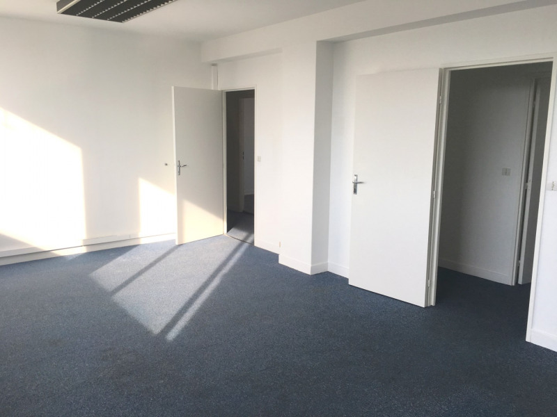Rental office Montreuil 1 280€ CC - Picture 4