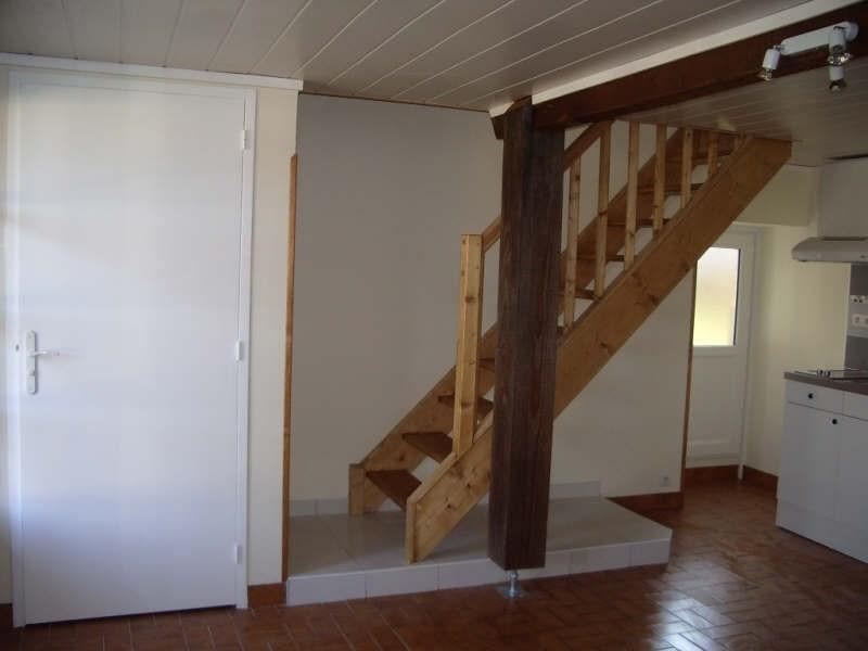Location maison / villa St andre de cubzac 486€ CC - Photo 3
