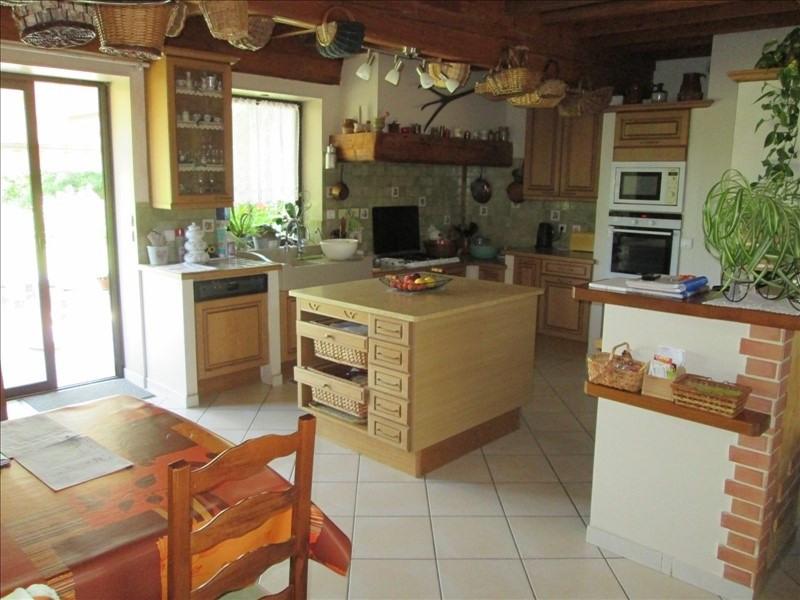 Sale house / villa Pont de vaux 340000€ - Picture 2