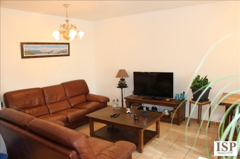 Sale apartment Velaux 267000€ - Picture 3