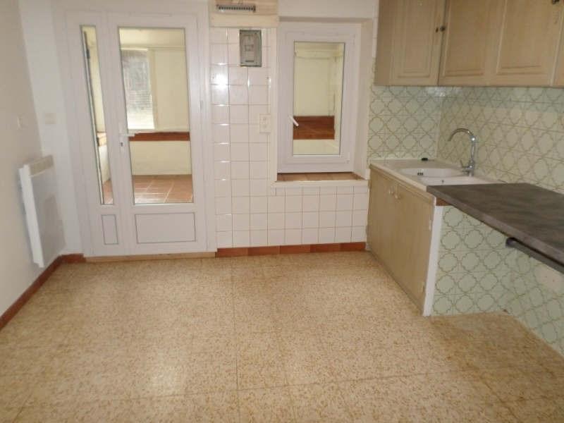 Rental house / villa Salon de provence 840€ CC - Picture 3
