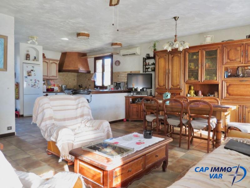 Sale house / villa Le castellet 389000€ - Picture 4