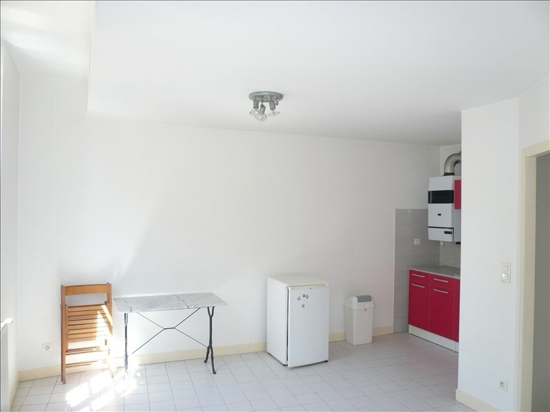 Location appartement Figeac 400€ CC - Photo 2