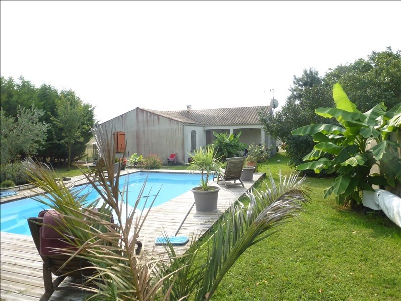 Sale house / villa Ardillieres 252000€ - Picture 1
