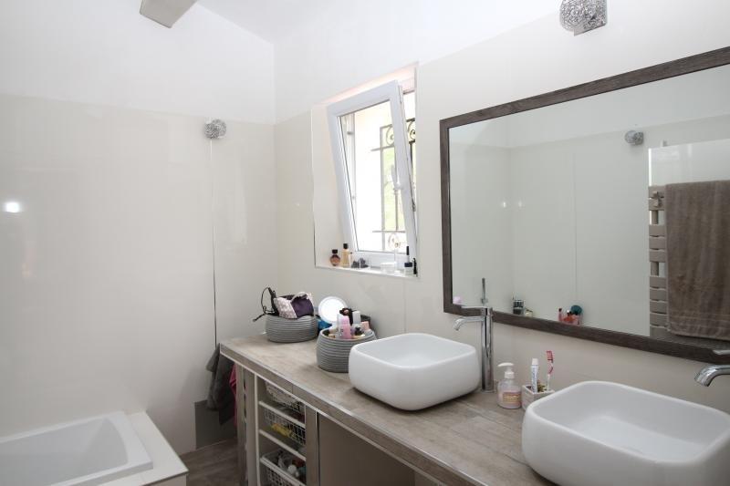Deluxe sale house / villa Merindol 599000€ - Picture 5