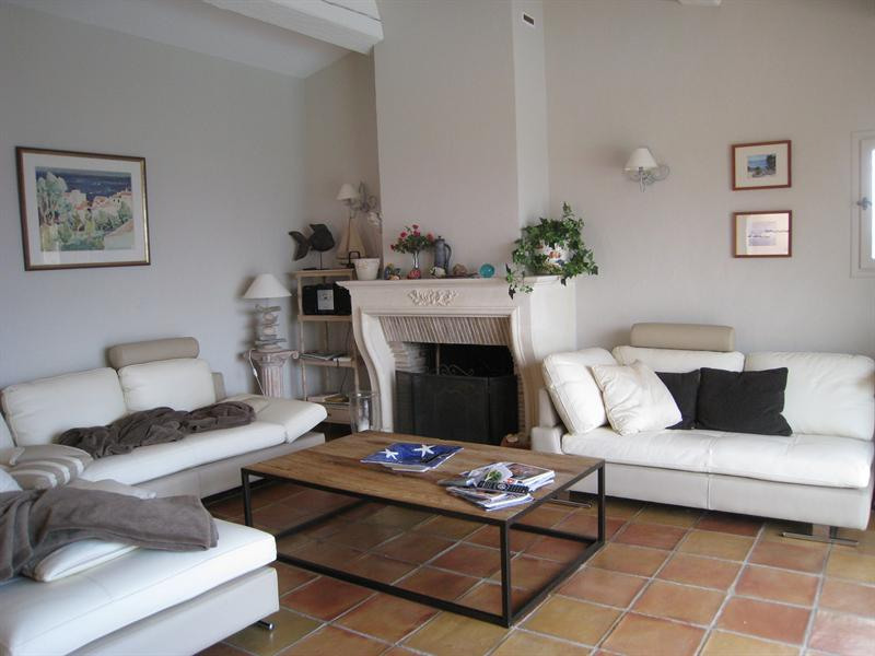 Vacation rental house / villa Les issambres 2 180€ - Picture 13