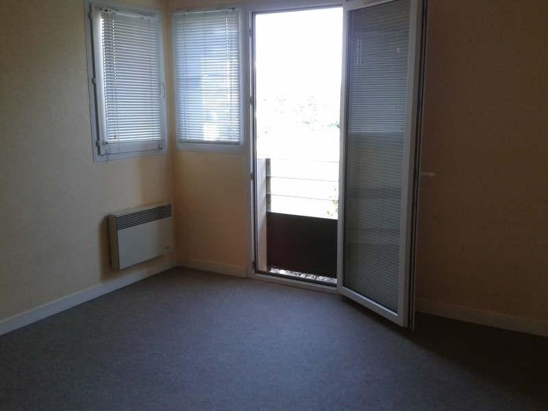 Location appartement Niort 319€ CC - Photo 2