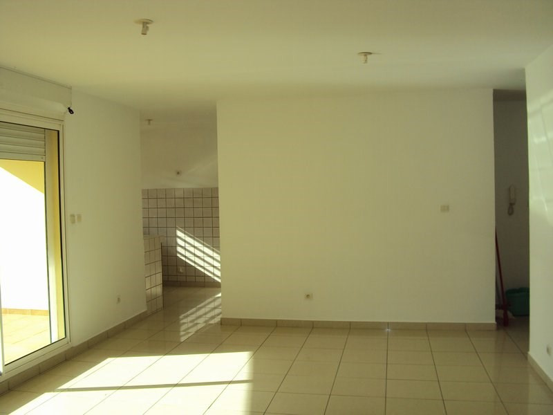 Rental apartment St andre 650€ +CH - Picture 2