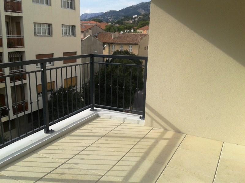 Verhuren  appartement Toulon 607€ CC - Foto 5