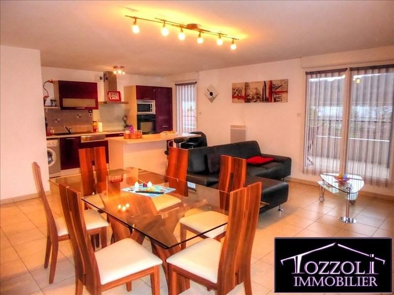 Sale apartment La verpilliere 241500€ - Picture 2