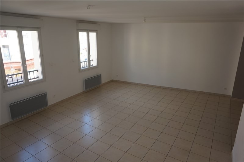 Rental apartment Lodeve 640€ CC - Picture 2