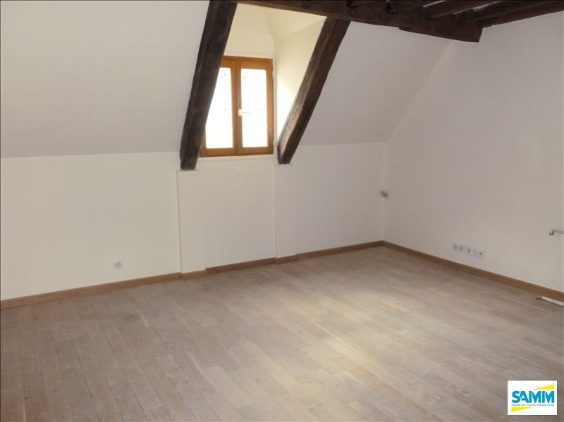 Sale house / villa Mennecy 177000€ - Picture 1