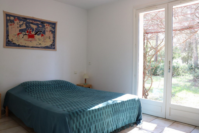 Vacation rental house / villa Cavalaire sur mer 1 300€ - Picture 18