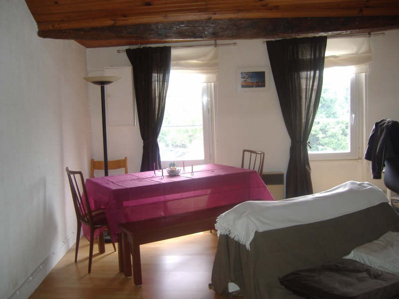 Rental apartment St germain en laye 830€ CC - Picture 1
