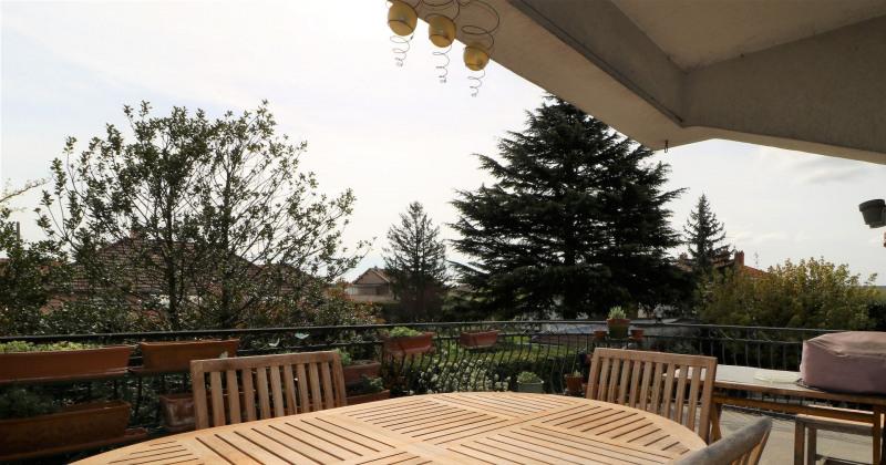 Maison Decines Charpieu, 6 chambres, 275 m²