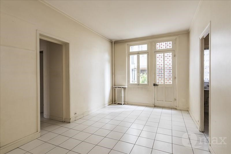 Sale apartment Courbevoie 265 000€ - Picture 2