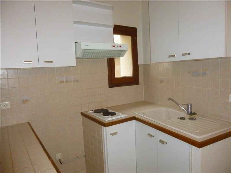 Rental apartment Manosque 331€ CC - Picture 2