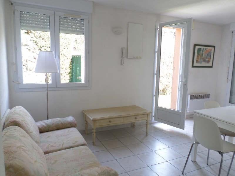 Rental apartment Salon de provence 633€ CC - Picture 3