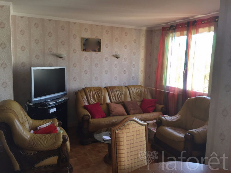 Sale apartment Bourgoin jallieu 119 000€ - Picture 1
