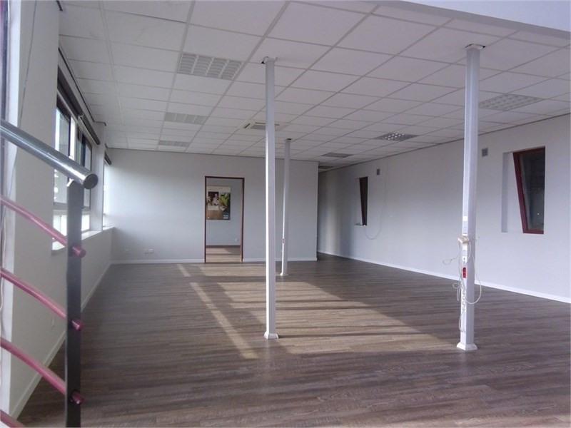 Location Local d'activités / Entrepôt Breuillet 0
