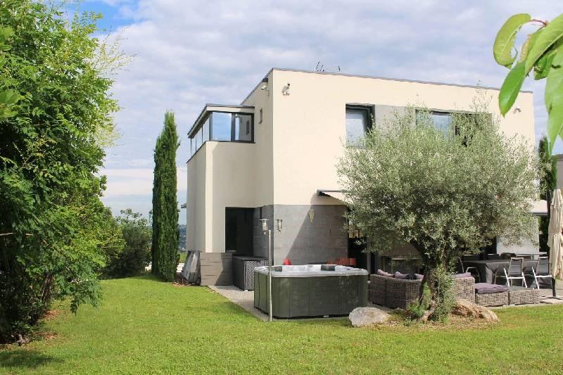 Deluxe sale house / villa Vernaison 675000€ - Picture 1