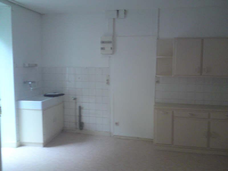 Rental apartment La couronne 310€ CC - Picture 2