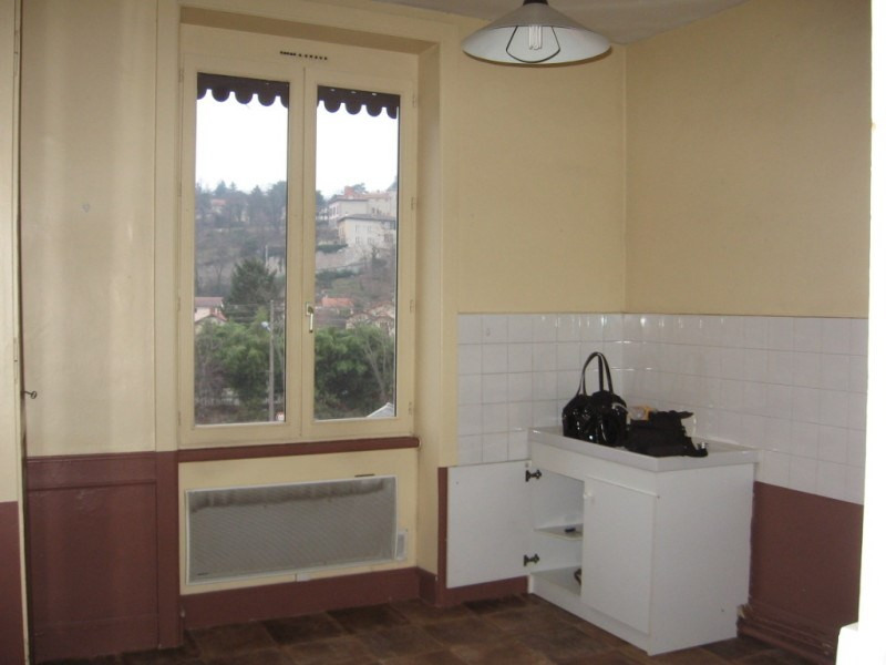 Location appartement Oullins 449€ CC - Photo 3