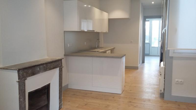 Location appartement Saint-jean-de-luz 576€ CC - Photo 1