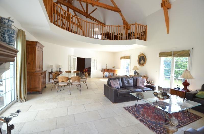 Deluxe sale house / villa Orgeval 850000€ - Picture 2