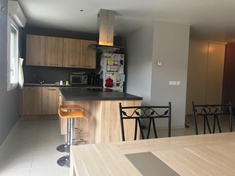 Sale house / villa Luzinay 250800€ - Picture 4