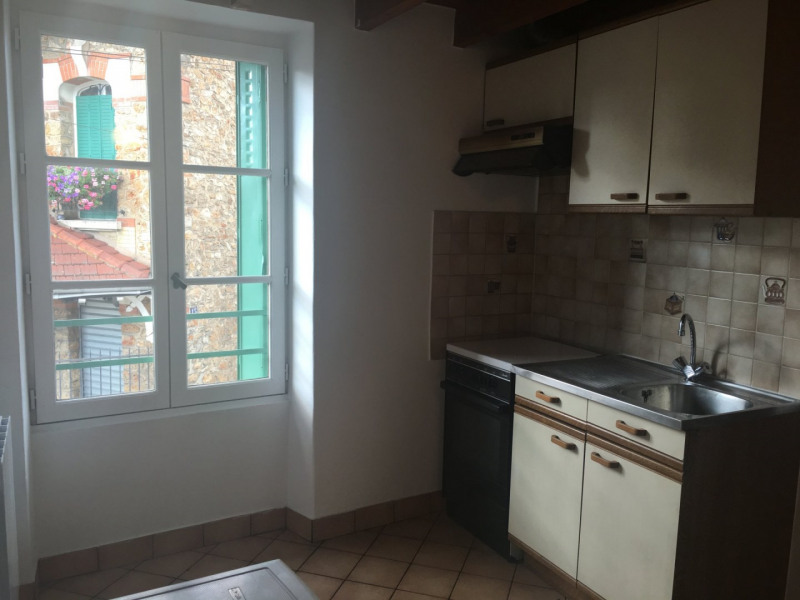 Rental apartment La ville du bois 578€ CC - Picture 2