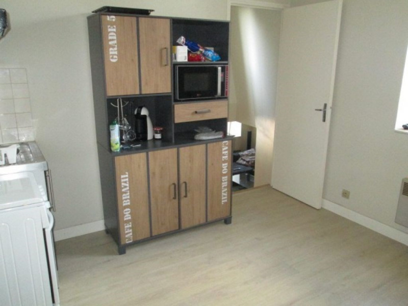 Investment property building Laval 149562€ - Picture 3