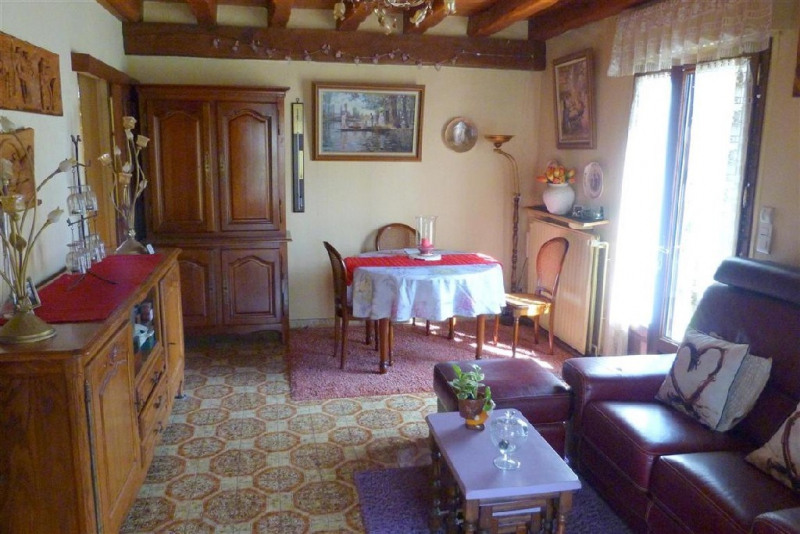 Vente maison / villa Fontaine le port 310 000€ - Photo 6