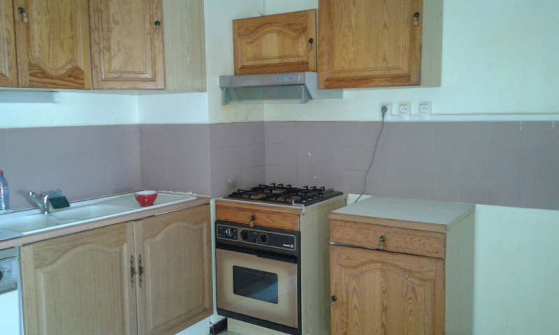 Rental apartment Nime 490€ CC - Picture 1