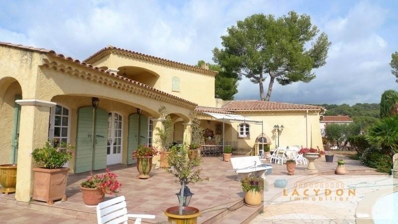 Deluxe sale house / villa La ciotat 1339000€ - Picture 2