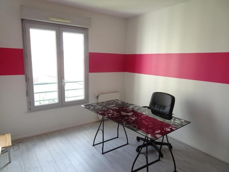 Location appartement Villefranche sur saone 850€ CC - Photo 4
