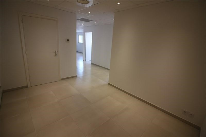Location local commercial Speracedes 1000€ HT/HC - Photo 3