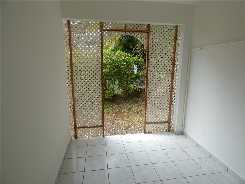 Sale apartment St pierre 78 500€ - Picture 2