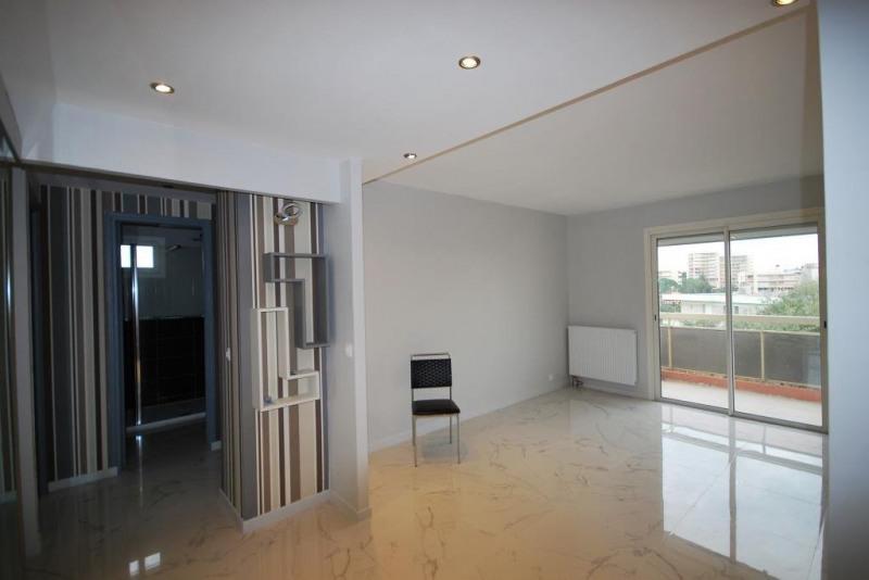 Sale apartment Juan-les-pins 270000€ - Picture 2