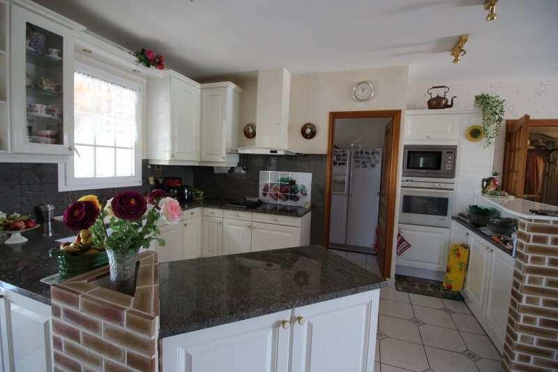 Sale house / villa St sulpice de royan 450000€ - Picture 4