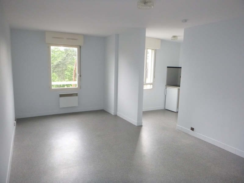 Rental apartment Pau 381€ CC - Picture 3