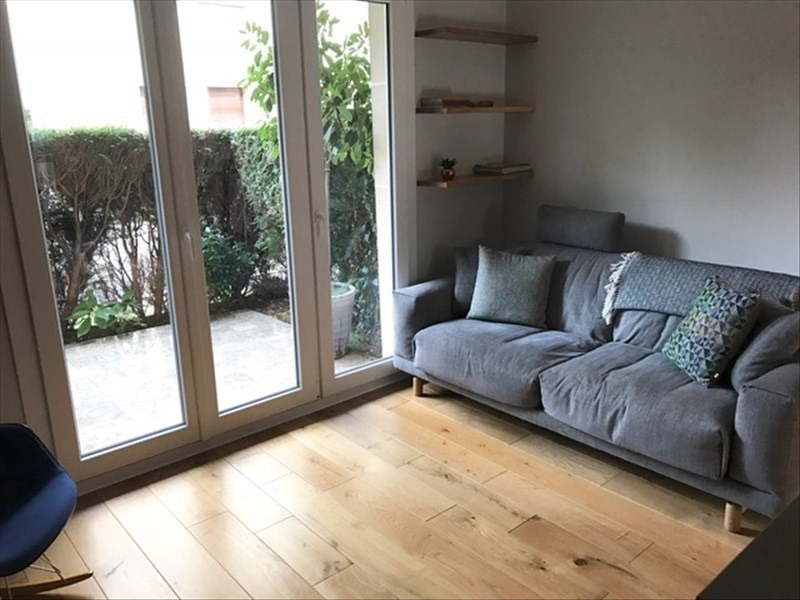 Sale apartment Vaucresson 293280€ - Picture 2