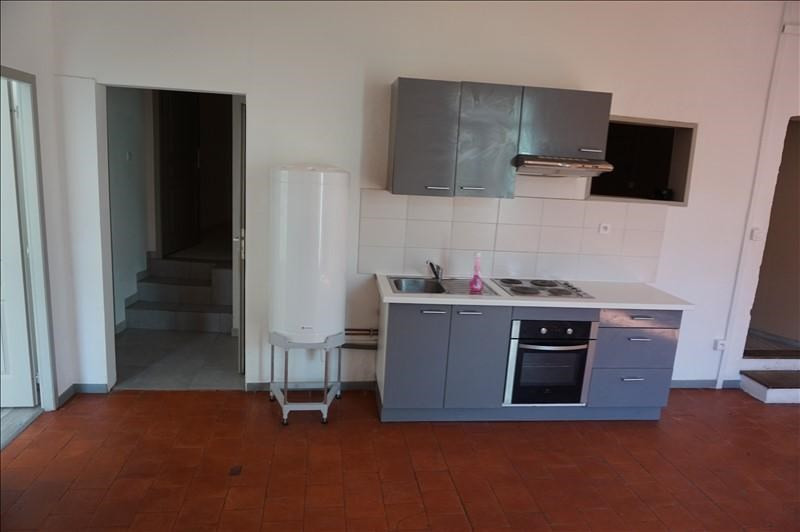 Rental apartment Lodeve 420€ CC - Picture 3