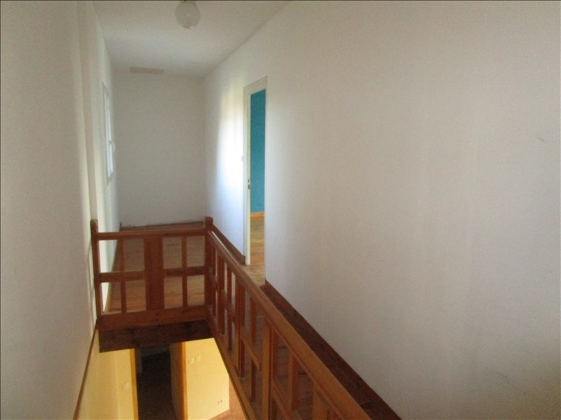 Rental house / villa St pierre de juillers 520€ CC - Picture 6