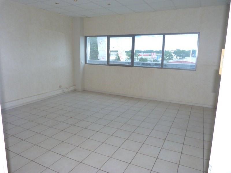 Sale empty room/storage Baie mahault 98000€ - Picture 2