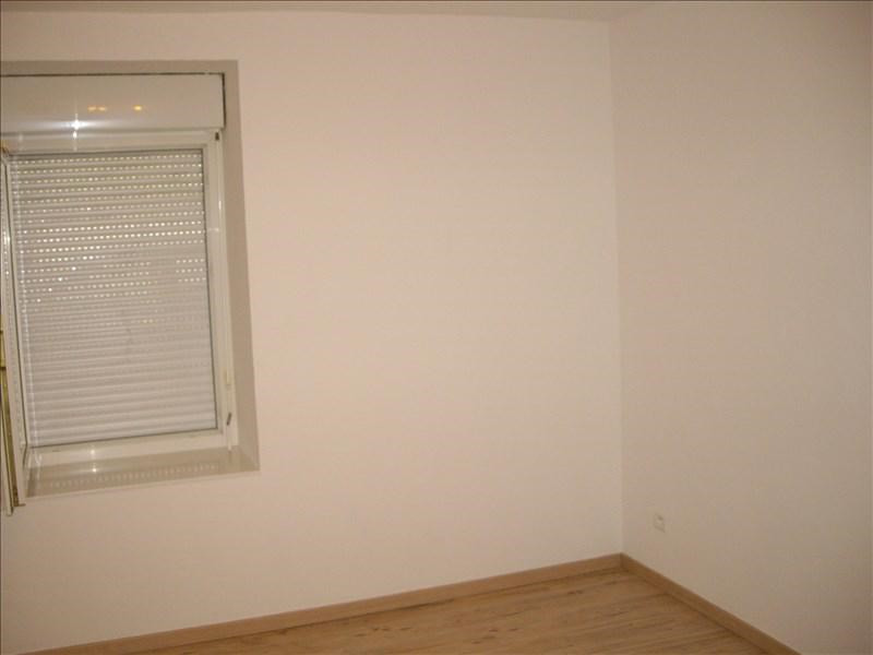 Location appartement Roanne 296€ CC - Photo 2