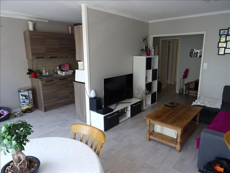 Sale apartment Troyes 124000€ - Picture 2