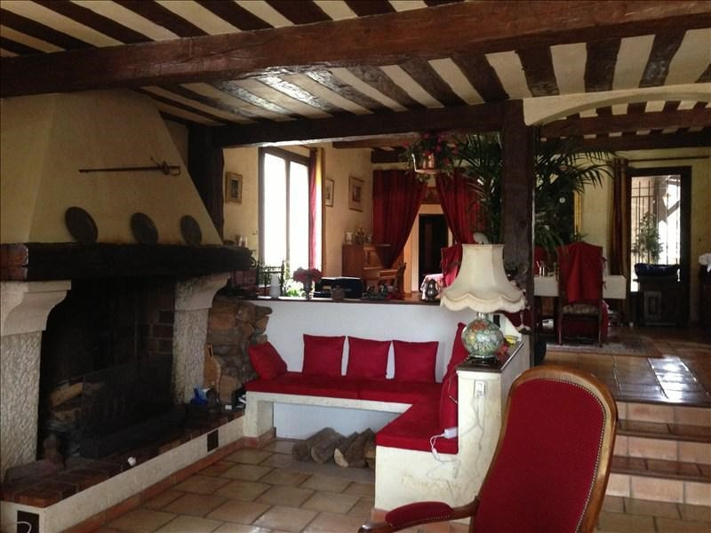 Deluxe sale house / villa Castagniers 785000€ - Picture 2