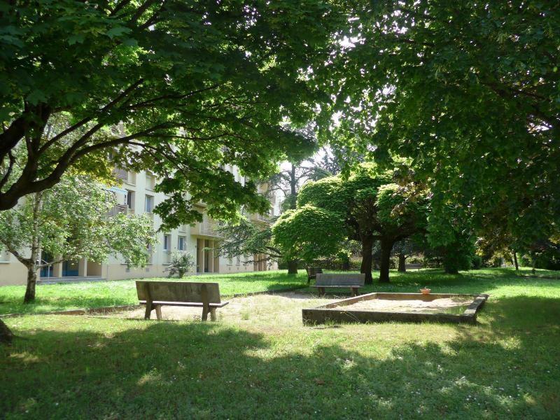 Location appartement Caluire 699€ CC - Photo 6